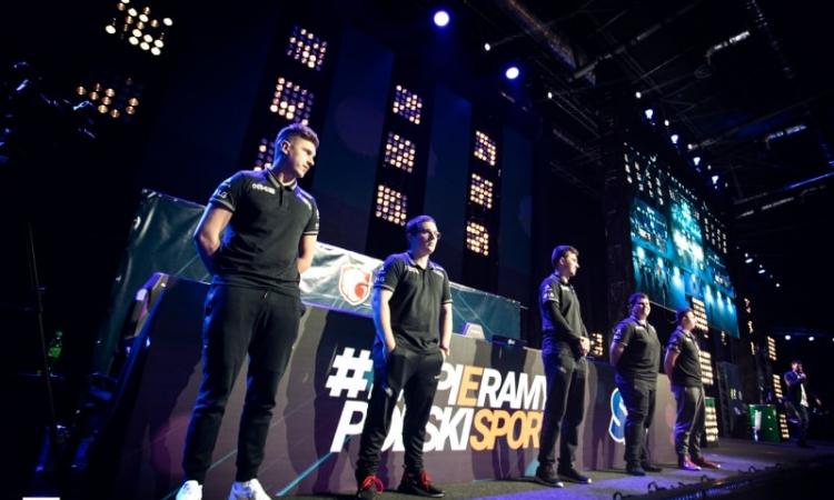 AGO Esports партнеры Puma и Orbit