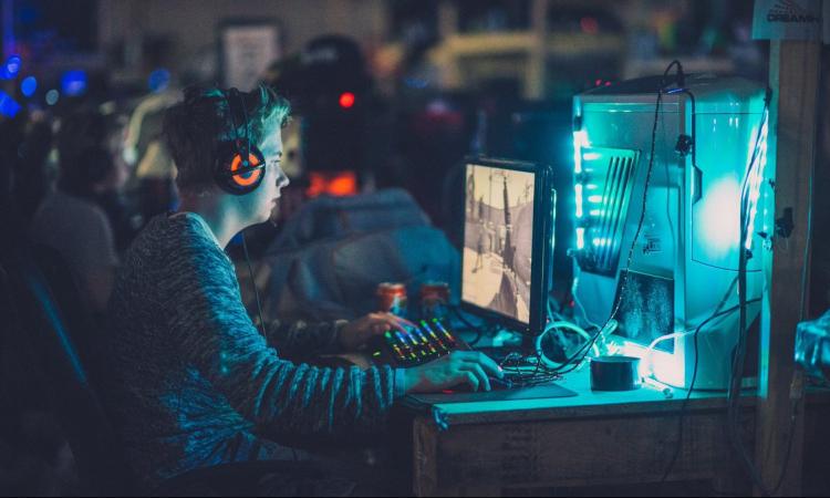 киберспорт, сотрудничество в киберспорте